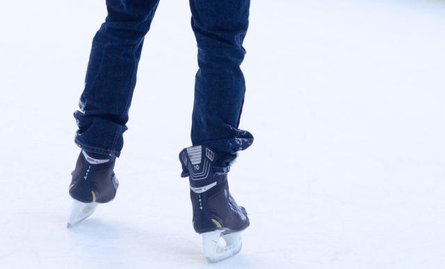 リニューアルしたリンクでスケート初挑戦のチャンス♪