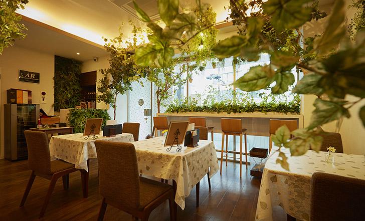 【ニューオープン】森カフェで本格クレープシュゼットを ≪今週のカフェ&スイーツ*35話『Café Vert』≫